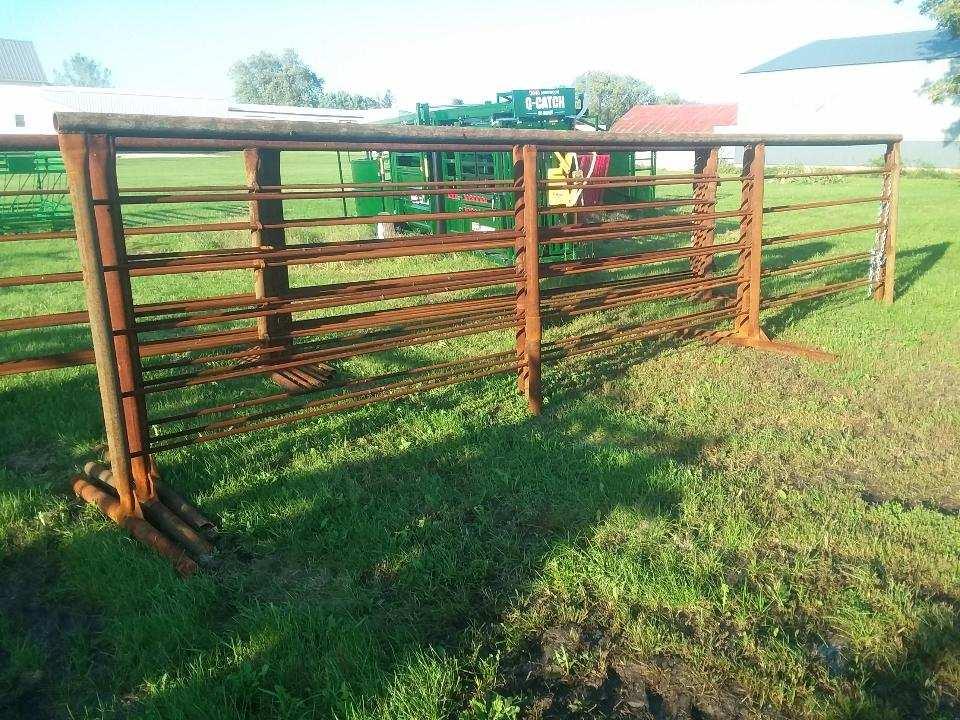 freestanding-fence-corral-panelsjpg